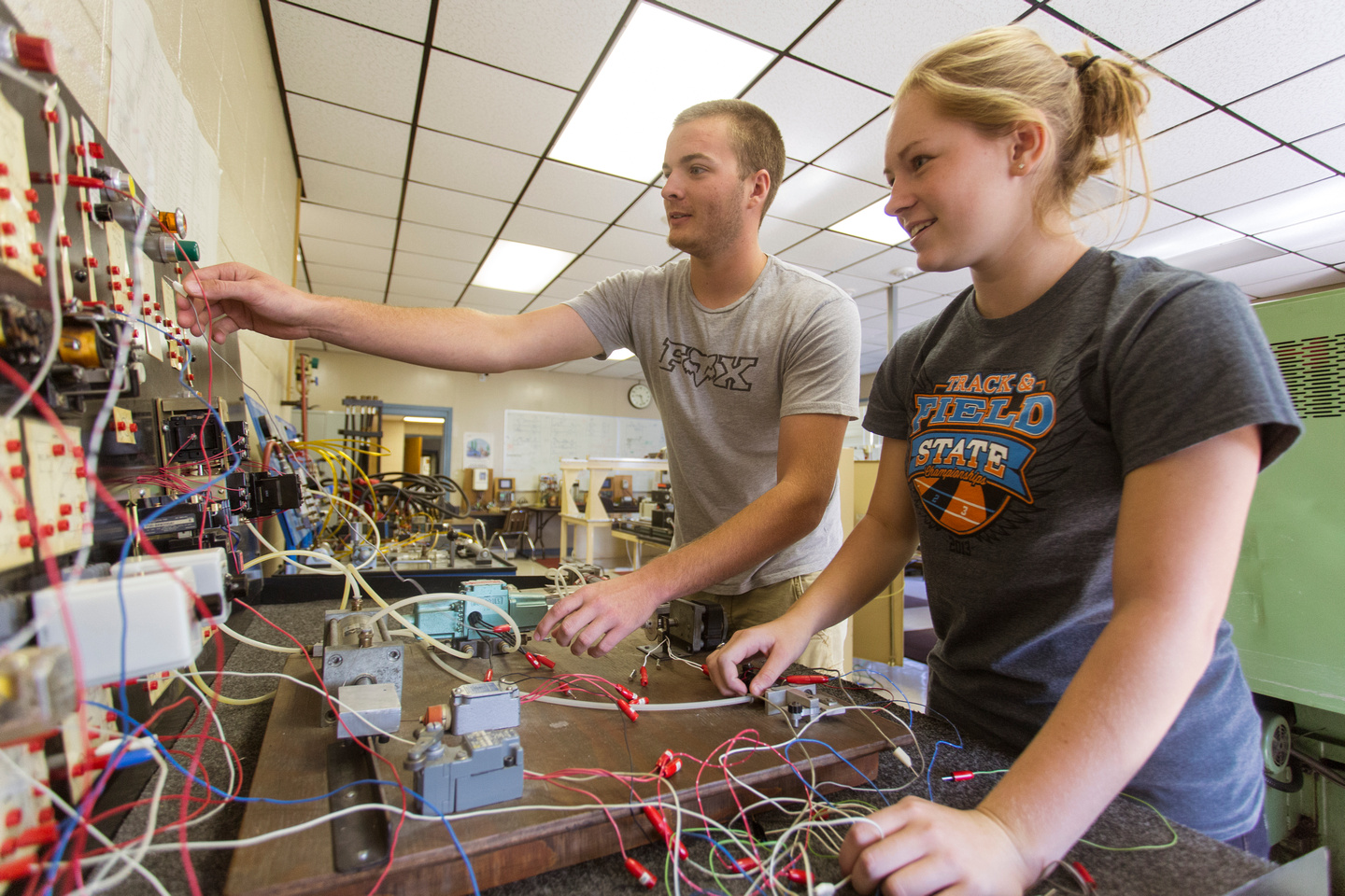 Industrial Control Systems Arkansas Tech University Electrical Training Circuits Ics