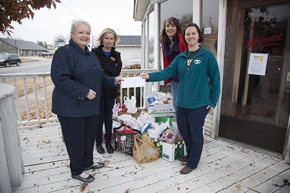 members of staff senate deliver food donation